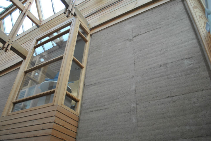 Rammed Earth Walls 4 Tracing Green Nov 2015